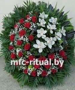 Венок из живых цветов «Благодарность»