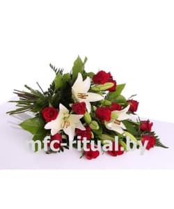 Букет «Роза и лилия»