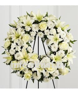 Венок из живых цветов «Невесомость»