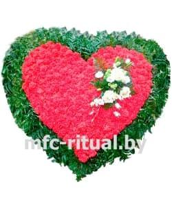Венок-сердце из живых цветов «Вечная любовь»